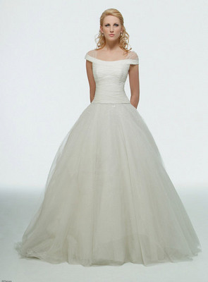Simple Wedding Dresses (source: img.disneyfairytales.com)